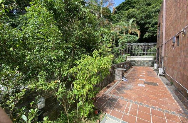 Sai Kung Razor Hill Road Apartment