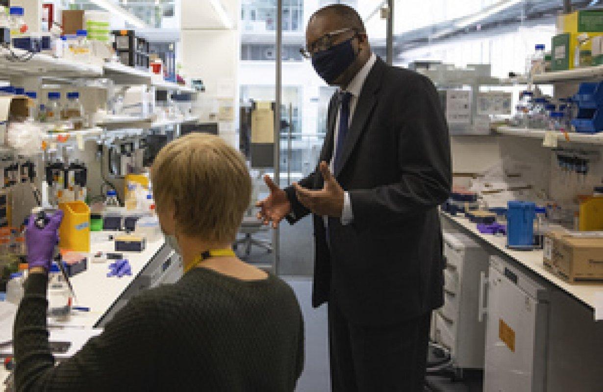 英國政府撥款7500萬英鎊給大學和企業發展科技