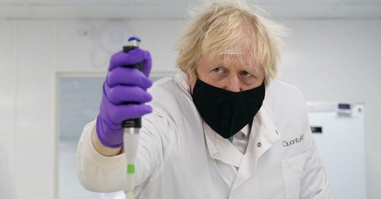 """英國首相將打造英國為 """"超級科技大國"""""""