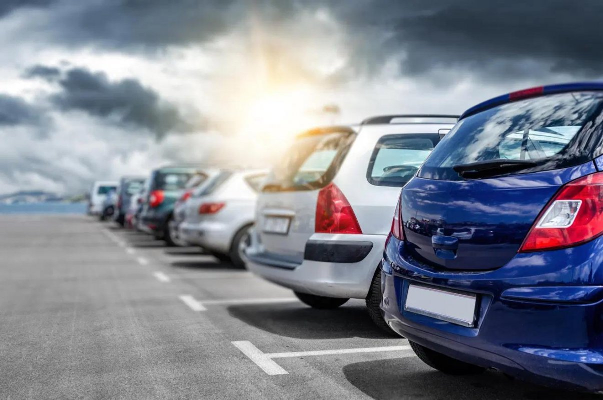 英國當地市政府於去年從停車位相關的項目錄得17.6 億英鎊收益