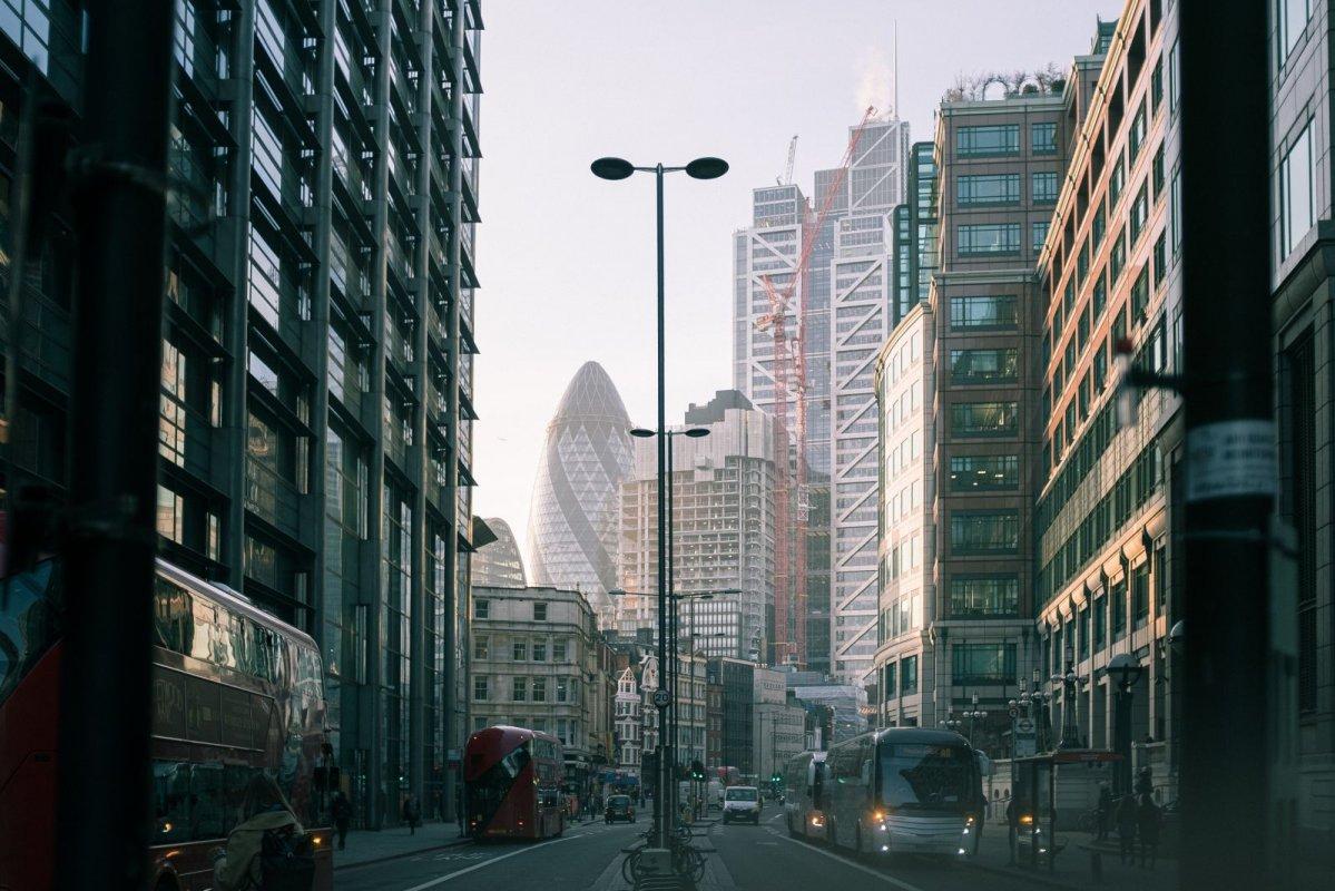 8大海外置業基本須知 英澳樓入場費參考 投資新手買外國樓花要注意哪些事?