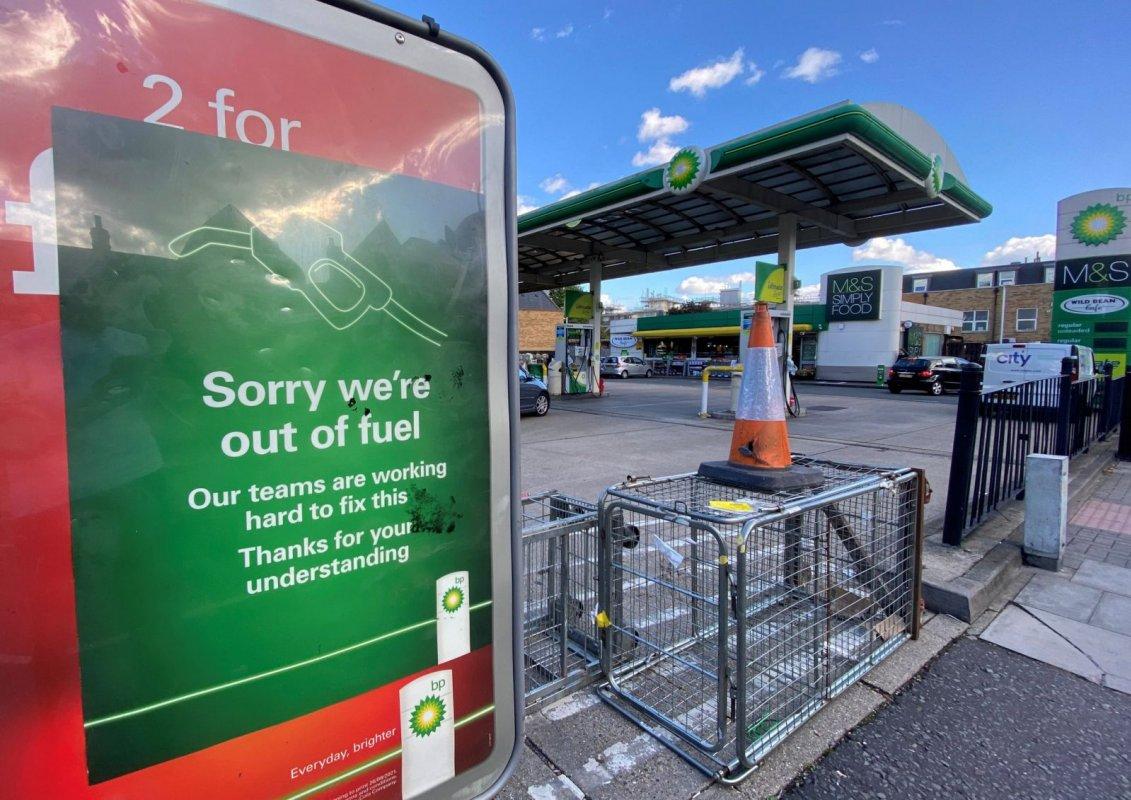 當局警告:切勿用自帶油罐裝滿汽油