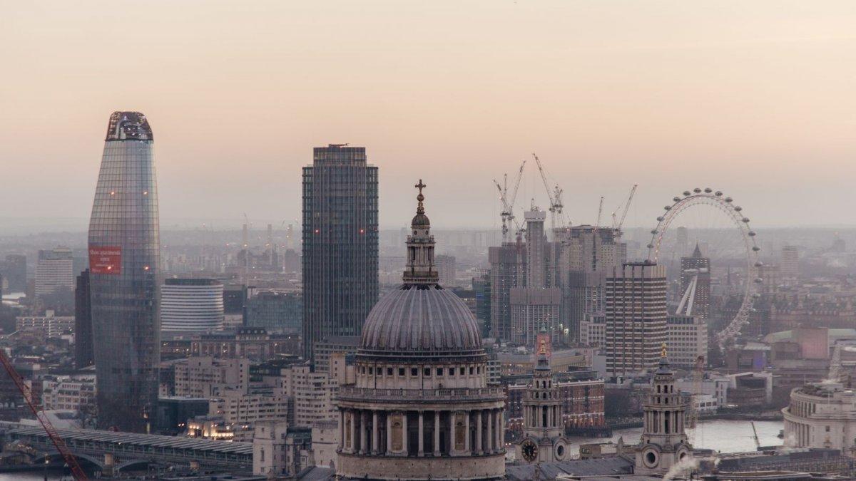 坐在金矿上: 英国房屋价格在5年内飙升20%