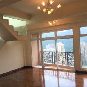 御林峰(室內樓梯上天台:1006呎)連車位