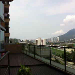 連花園平台610呎 3房套+工人房