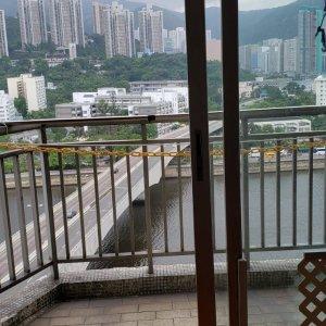換樓推介* 高層河景放售 大大間 想點裝修都得