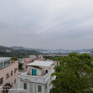 西貢半山 開揚遠海景 車泊花園 小巴總站