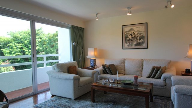 SAI KUNG SEAVIEW HOUSE WITH MANAGEMENT